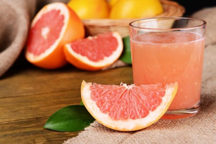 Супер напитка от Грейпфрут стопява мазнините в корема за кратко време!